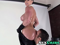 Couple;Oral Sex;Brunette;Big Tits;Blowjob;POV;Big Ass;MILF;HD