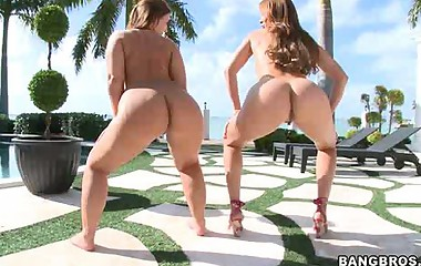 Big asses Monique Fuentes and Lexi Lockhart